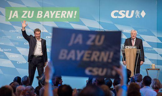 CSU-Wahlkampf-Abschlusskundgebung mit Söder und Seehofer