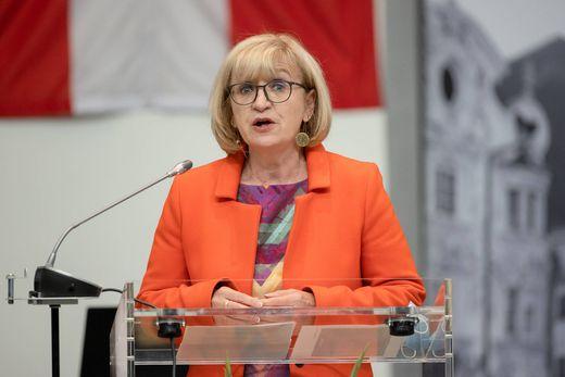 AUT, Sitzung des Tiroler Landtags 13.05.2020, Congress, Innsbruck, AUT, Sitzung des Tiroler Landtags, im Bild LR Beate P