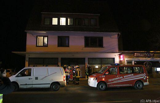 In Bremen: 8 Schwerverletzte! Grillabend im Keller endet im Krankenhaus