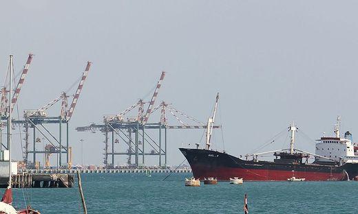 FILES-YEMEN-SAUDI-CONFLICT-OIL