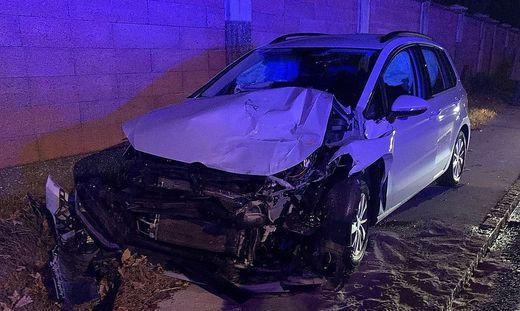 Schwer beschädigt wurde der Pkw beim Unfall in Feffernitz