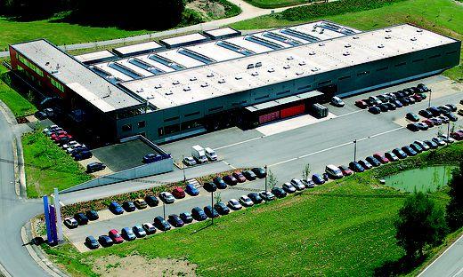 Das Firmengebäude der Embatex aus der Luft fotografiert