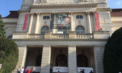 Auch die Oper wünscht allen Läufern toi, toi, toi!