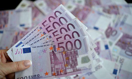 EZB behält ultralockeren Geldkurs bei