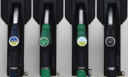 BRITAIN-POLLUTION-ENVIRONMENT-CARS