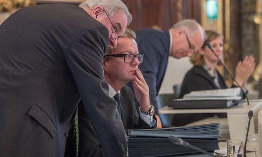 Drexler und VP-Regierer im Landtag