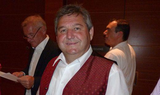 Reuig: Bürgermeister Josef Niggas