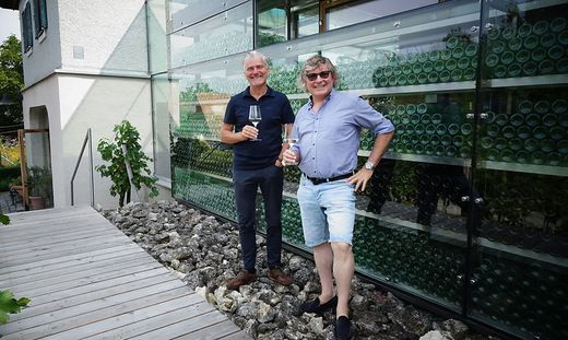 Erich und Walter Polz haben das Weingut in den 1980-er Jahren von ihren Eltern übernommen