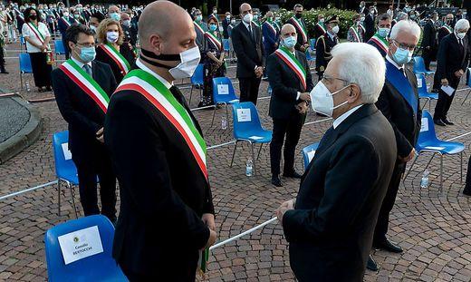 Staatschef Sergio Mattarella am Sonntagabend bei einer Zeremonie in der gleichnamigen Provinzhauptstadt.