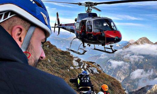 Die Bergretter mussten in die Nähe des Gipfels gebracht werden
