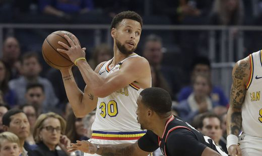 Stephen Curry, Norman Powell