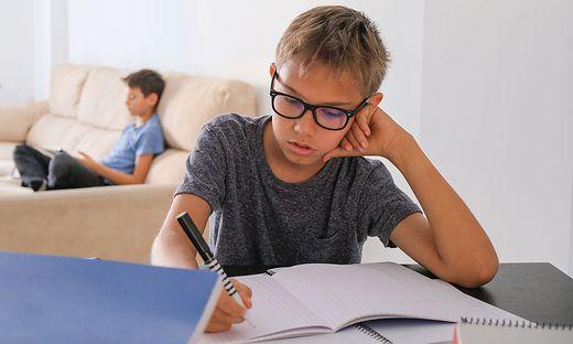 Im häuslichen Unterricht fallen soziale Kontakte weg (Sujetbild)