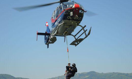 Alpinunfall in Ramsau am Dachstein - Sujetbild Hubschrauber