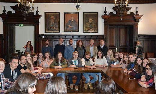 Eine spanische Schülergruppe besuchte das Wolfsberger Rathaus