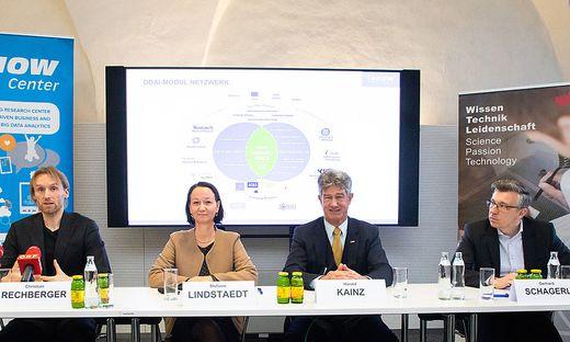 Christian Rechberger (Know-Center), Stefanie Lindstaedt (Know-Center), Harald Kainz (TU Graz) und Gerhard Schagerl (AVL)