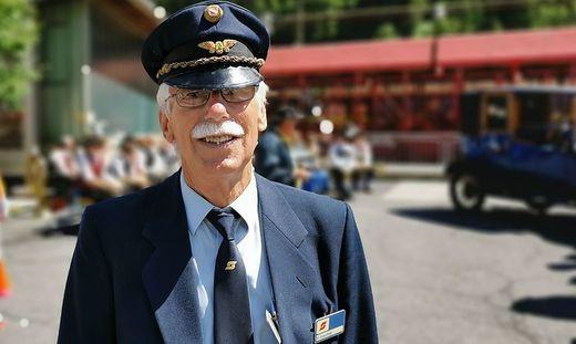 Beim Festakt zum 101 Jahr-Jubiläum der Tauernschleuse schlüpfte Peter Kuschnig in seine alte Uniform