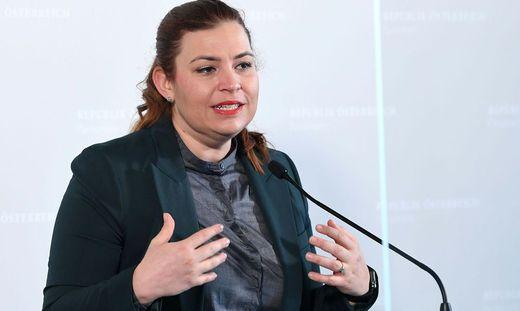 Nina Tomaselli