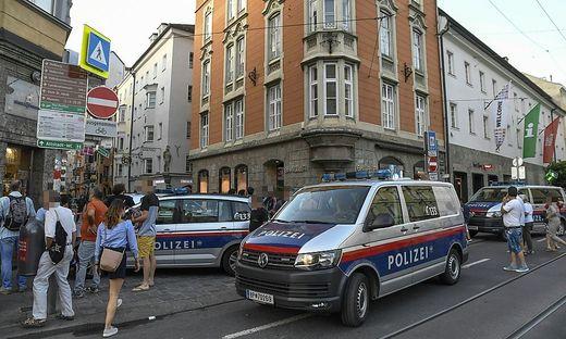 Die Bombendrohung war letzten Mittwochabend eingegangen und hatte sich auf ein Innsbrucker Innenstadtlokal bezogen