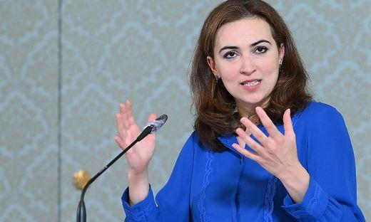 """Justizministerin Alma Zadic (Grüne) sieht im Entwurf einen """"Ausgleich der verschiedenen Interessen""""."""