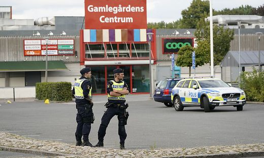 Nach Angaben der Polizei waren bereits am Montagabend mutmaßlich Schüsse in Kristianstad gefallen