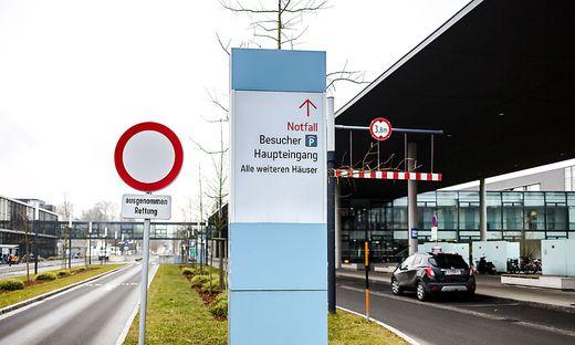Der Patient wurde ins Klinikum Klagenfurt gebracht