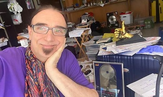 Regisseur & Produzent Rudi Dolezal in seinem Zuhause in Florida