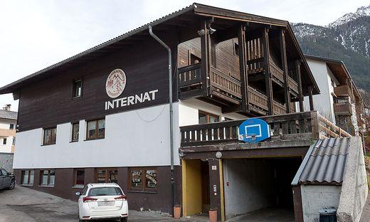 TIROL: SKI-MITTELSCHULE NEUSTIFT IM STUBAITAL