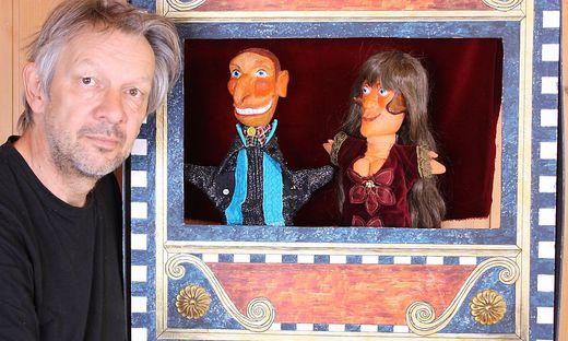 Ulbrich mit seinen Hauptdarstellern Hans und Gretel Wurst