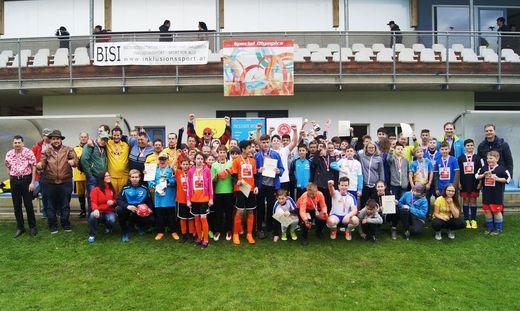 Insgesamt acht Mannschaften spielten bei der Unified-Fußballmeisterschaft in Neudau um den Sieg
