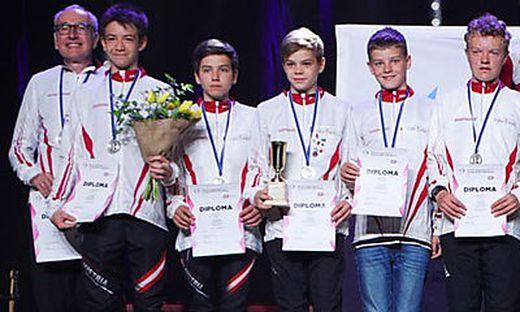 Trainer Joachim Friessnig, Joel Prutsch, Elias Monsberger, Thomas Maier, Roland Roch, Florian Pfeifer-Wilfinger (v.l.)