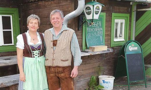 Am 15. August laden Alena Hajdoniova und Herbert Schönhart zur feierlichen Neueröffnung der Schmelzhütte