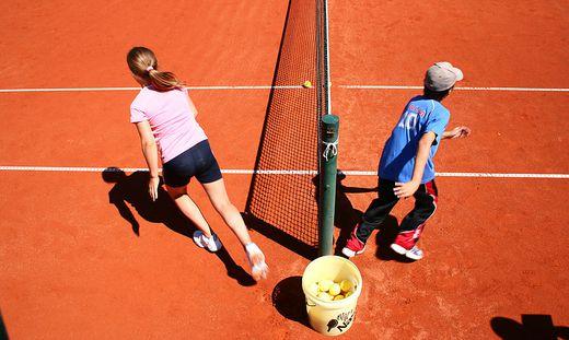 Tennisplätze sollen am 1. Mai öffnen