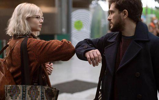 """Auch die zweite Staffel von """"Modern Love"""" ist starbesetzt: Kit Harington und Lucy BoyntonAMAZON PRIME"""