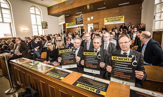 Der Richterprotest vergangene Woche zeigte seine Wirkung