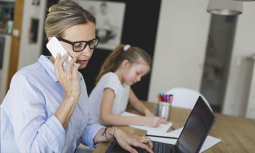 Im häuslichen Unterricht fehlt der Kontakt zu Lehrern und Mitschülern