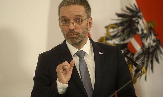 MINISTERRAT: BM KICKL