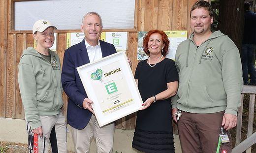 Christian Purrer, Vorstandssprecher der Energie Steiermark und Doris Wolkner-Steinberger, Geschäftsführerin der Tierwelt