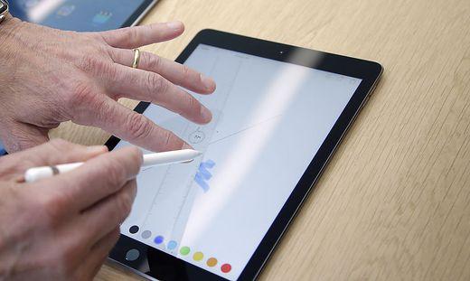 software apple integriert in neuem ipad umprogrammierbare sim karte. Black Bedroom Furniture Sets. Home Design Ideas
