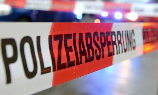 Symbolbild Polizeiabsperrung