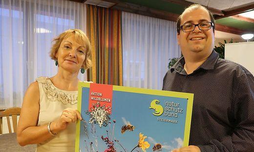 Christine Podlipnig vom Naturschutzbund Steiermark und Biologe Michael Flechl