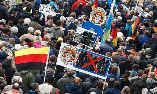 AfD beschließt Annäherung an islamfeindliche Pegida-Bewegung