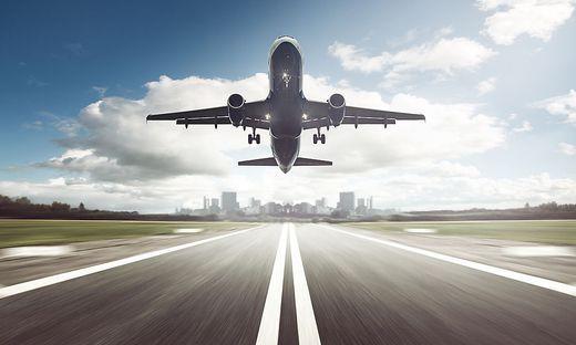 Drama in Moskau: Startendes Flugzeug überrollt Mann