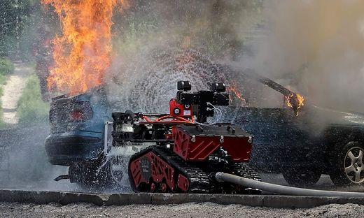Der beim Notre-Dame-Brand eingesetzte Löschroboter während einer Übung