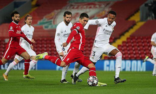 Liverpool v Real Madrid - UEFA Champions League - Quarter Final - Second Leg - Anfield Liverpool s Roberto Firmino (cen