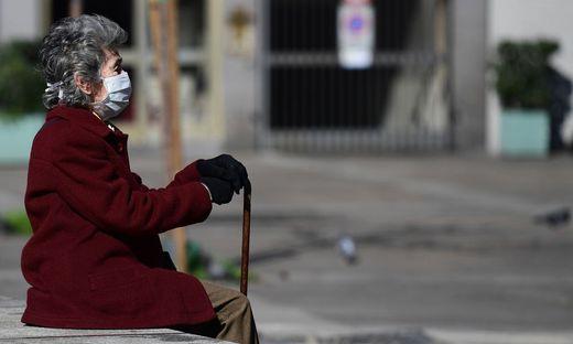FILES-ITALY-HEALTH-VIRUS-SENIOR CITIZENS