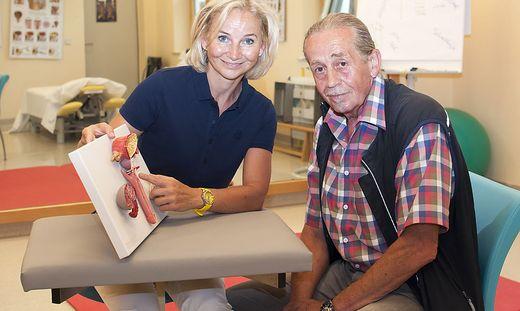 Judith Harpf mit Patient