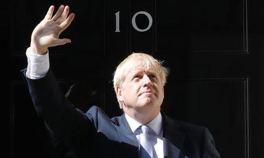 Boris Johnson bei seiner ersten Rede in Downing Street No 10