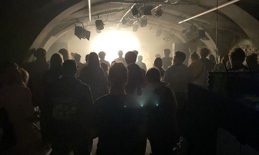 The Base sorgte am Samstag für rockige Stimmung in den Kellergemäuern des Kulturhofs