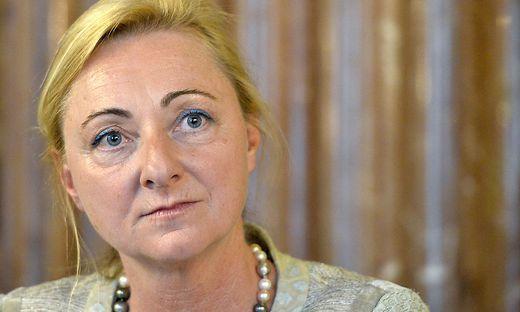 FPÖ-Expertin Barbara Kolm nahm offenbar Geld von der Tabakindustrie