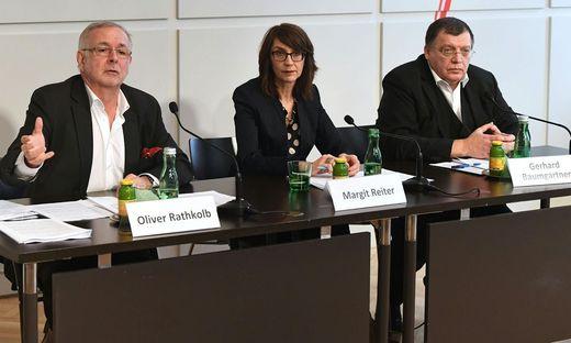 Zeithistoriker Oliver Rathkolb (Uni Wien), Wissenschaftlerin Margit Reiter (Uni Salzburg) und der Leiter des Dokumentationsarchivs des österreichischen Widerstandes (DÖW), Gerhard Baumgartner